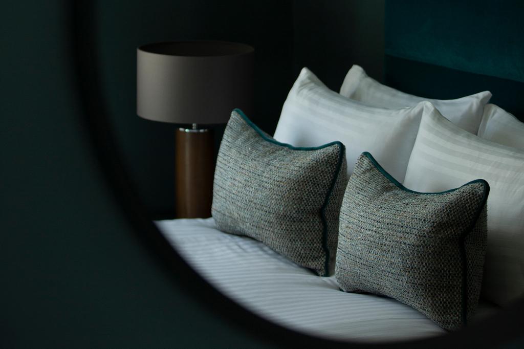Orchard Park Hotel Bedroom